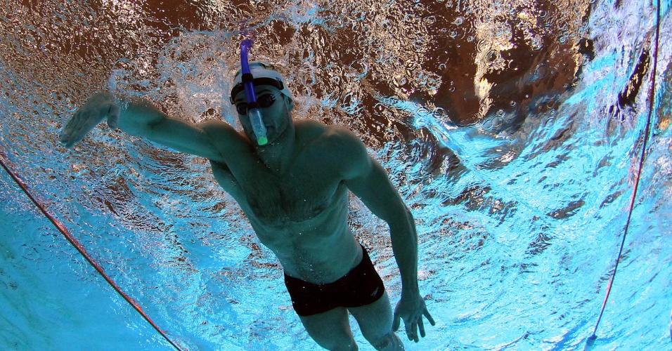 Nicholas Santos voltou para a piscina do Centro Aquático do Crystal Palace nesta quinta-feira (19/07/2012)