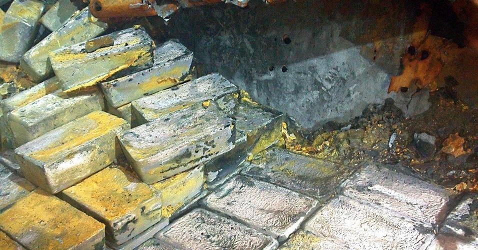 """20.jul.2012 - A empresa americana Odyssey, especializada na recuperação de tesouros, anunciou a descoberta de mais de 43 toneladas de prata no """"Gairsoppa"""", navio mercante britânico afundado por um submarino alemão durante a Segunda Guerra Mundial. A Odyssey não divulgou o valor do tesouro, mas ao preço atual da prata estaria em torno de 38 milhões de dólares"""