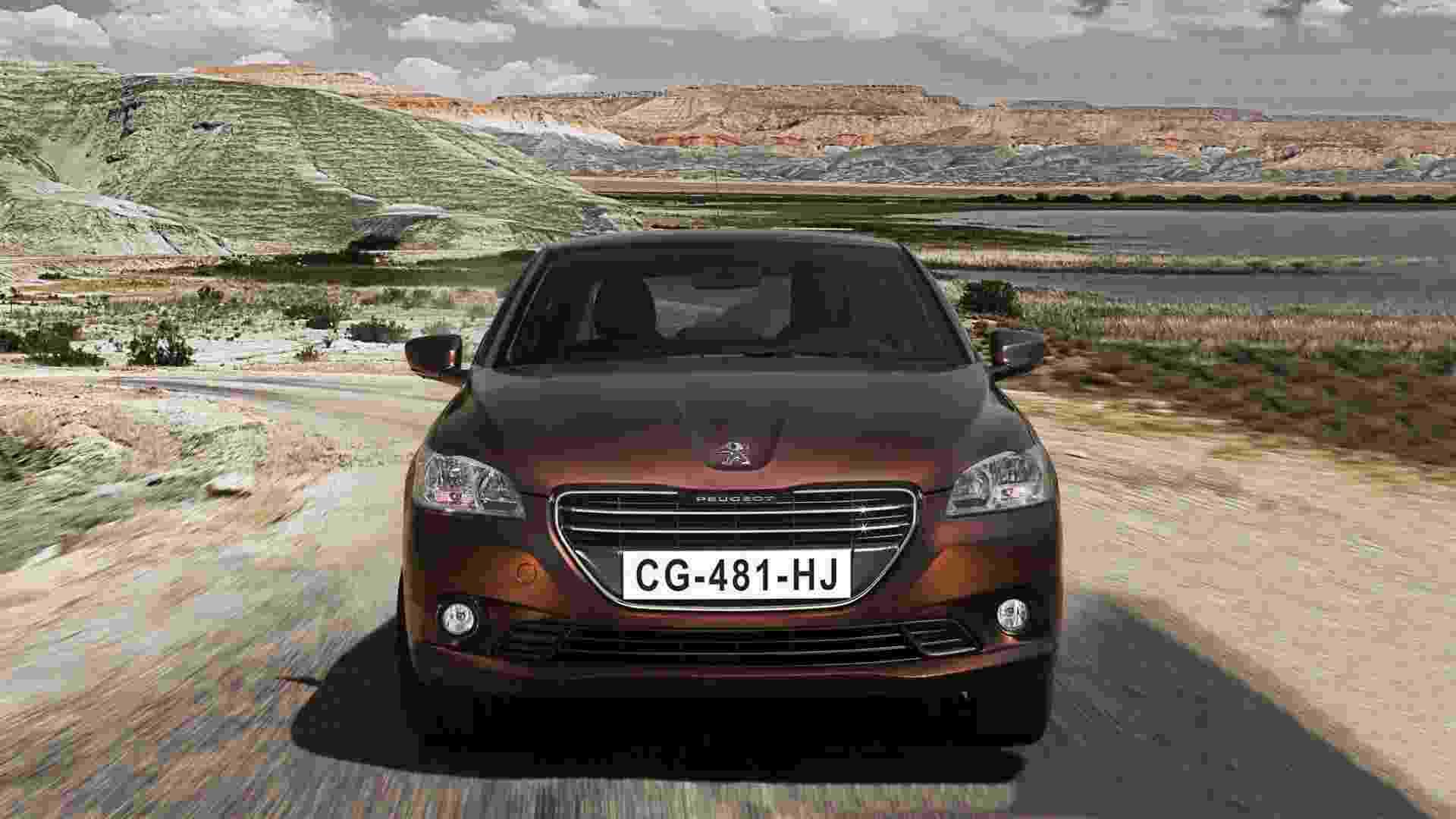 A Peugeot divulgou mais detalhes do compacto 301, que começa a ser vendido na Europa após o Salão de Paris e deve vir ao Brasil - Divulgação