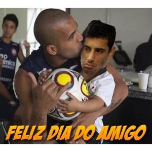 Corneta FC: Feliz Dia do Amigo!