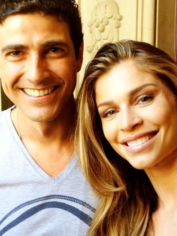 Empresária divulga foto de Grazi Massafera ao lado de Reynaldo Gianecchini (20/7/2012)