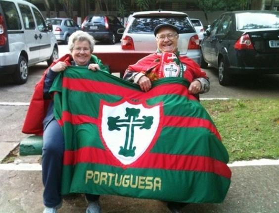 Envie fotos da sua torcida pela Portuguesa nesse Brasileirão!