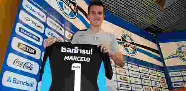 Marcelo Grohe expõe camisa 100% pelo Grêmio e sonha em ficar sempre no clube - Bruno Junqueira/Trato.Txt
