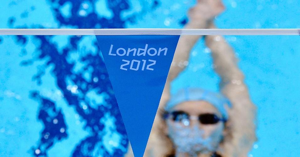 Nadadora sul-coreana treina no centro aquático do parque olímpico de Londres (20/07/2012)