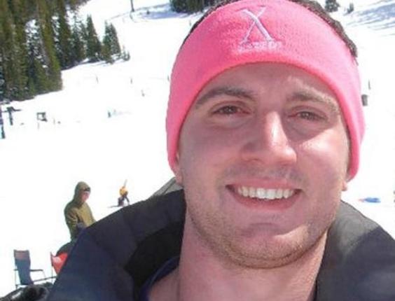 Alexander C. Teves, 24 anos, se formou em Psicologia em junho, na Universidade de Denver