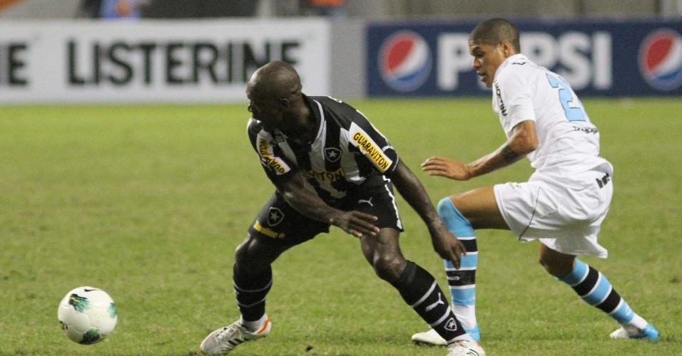 Meia holandês Seedorf, que estreou com a camisa do Botafogo, durante a partida contra o Grêmio, no estádio do Engenhão
