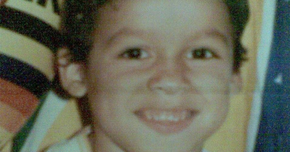 Retrato de Renan Barão jovem; lutador foi criado em Natal, no Rio Grande do Norte