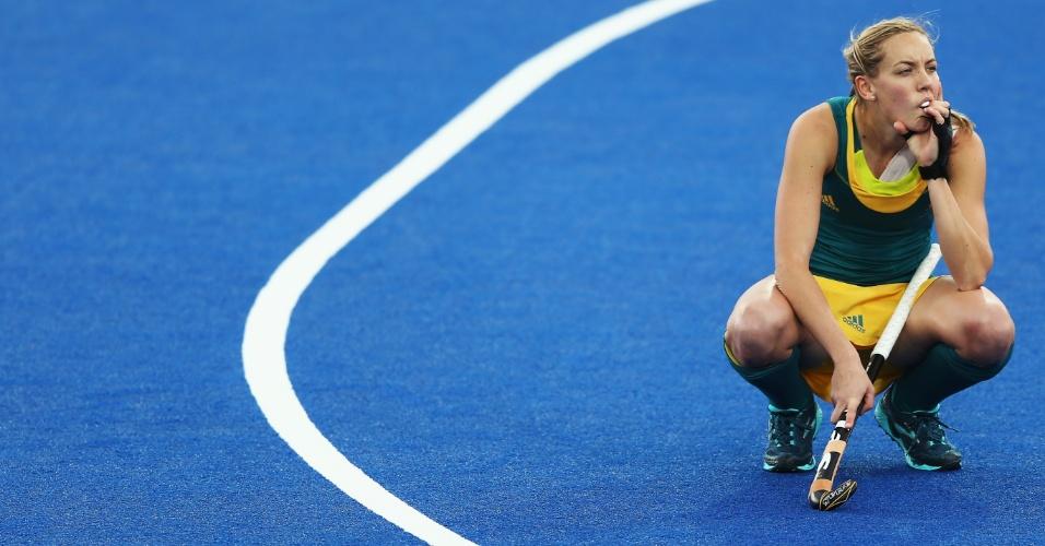 Jodie Schulz, da seleção da Austrália de hóquei na grama, treina nas instalações de Londres-2012