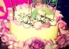 Selena Gomez completa 20 anos e ganha bolo de aniversário - Reprodução/Facebook