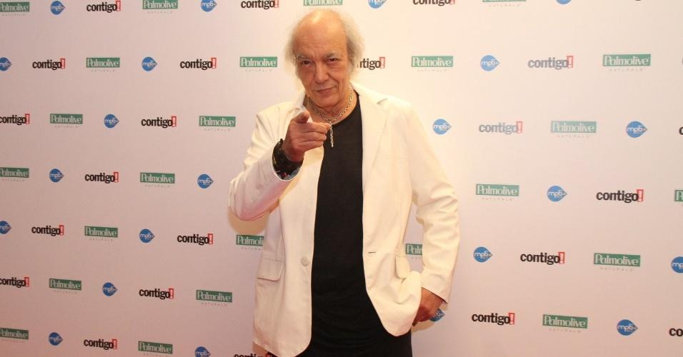 Erasmo Carlos, que foi indicado na categoria melhor DVD, comparece à festa (23/07/12)