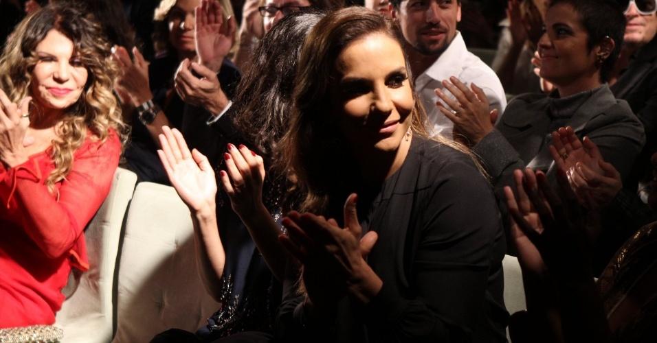 Ivete Sangalo foi muito assediada por fotógrafos e jornalistas à casa Miranda, no RJ (23/07/12)