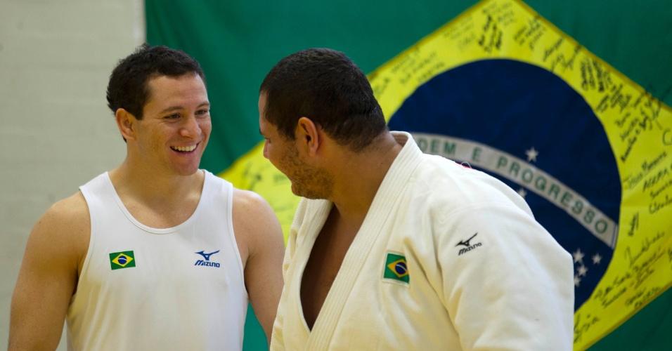 Tiago Camilo e Rafael Silva durante treinamento da equipe brasileira de judô para os Jogos Olímpicos