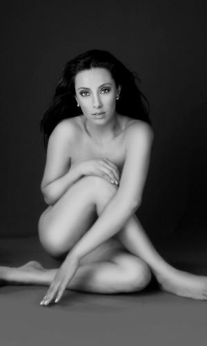 """A modelo Dani França posou nua para o calendário """"Nus Para o Bem"""" (25/7/12). Toda a renda obtida será revertida para entidades que cuidam de crianças portadoras de HIV da periferia de São Paulo"""