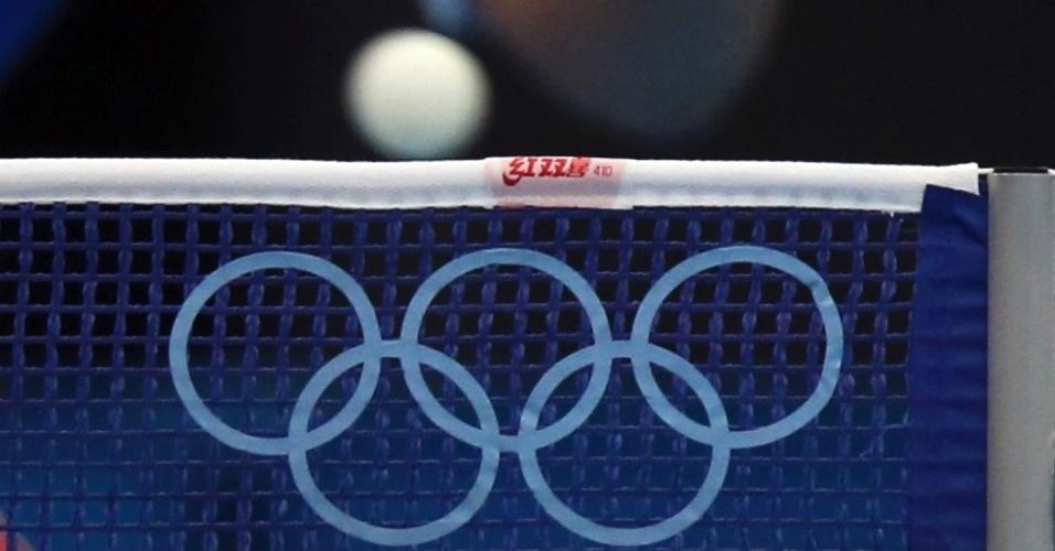 Atleta treina para campeonato de tênis de mesa dos Jogos Olímpicos de Londres (25/07/12)