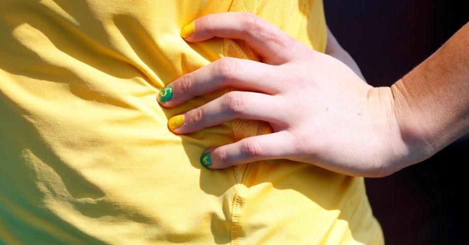 /Australiana do hóquei de grama levou as cores de seu país até as unhas para a Olimpíada de Londres (25/07/12)