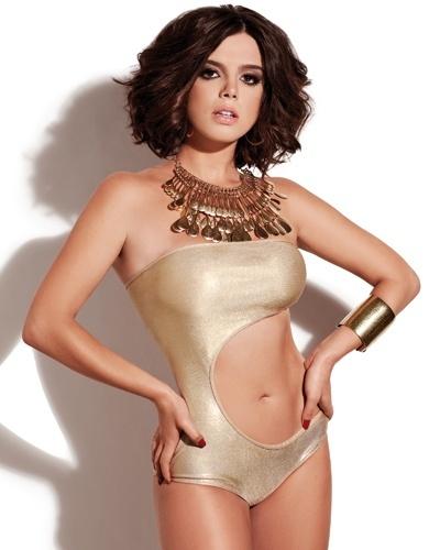 Giovanna Lancellotti - capa da Corpo a Corpo