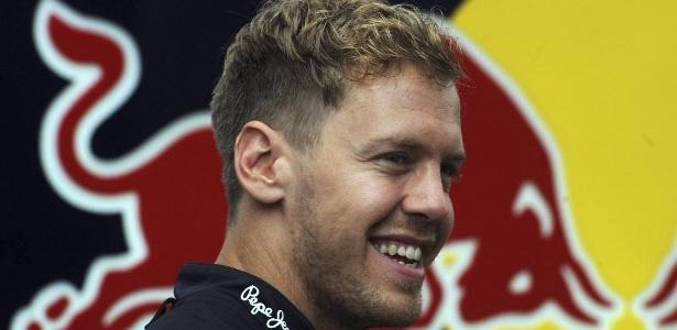 Red Bull aposta em recuperação nas ruas de Cingapura para seguir pensando  em título 4d742df0a78
