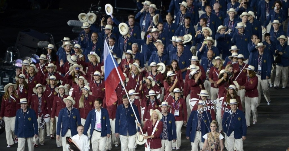 Delegação russa durante desfile de abertura dos Jogos Olímpicos de Londres