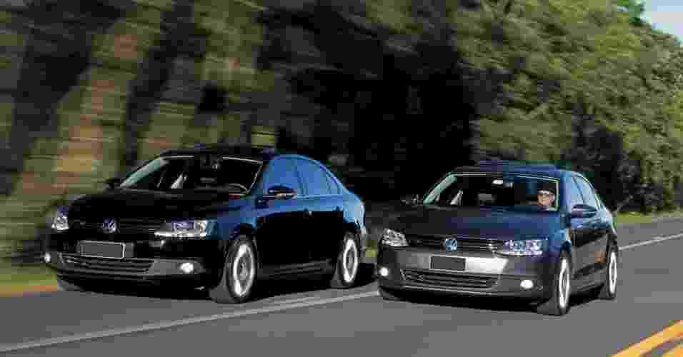 Dois VW Jetta se encontram para mostrar que o downsizing (motor de cilindrada reduzida com sobrealimentação) veio para ficar - João Mantovani/Fullpower