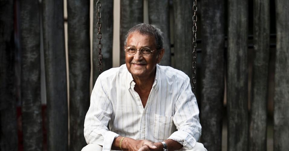 """Retrato do ator Nelson Xavier, 68 no Vitória Indaiatuba Hotel, ele que é protagonista do novo filme do """"Chico Xavier"""""""