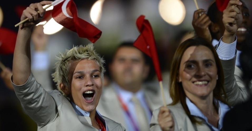 Animação no desfile das belas atletas da Turquia em Londres