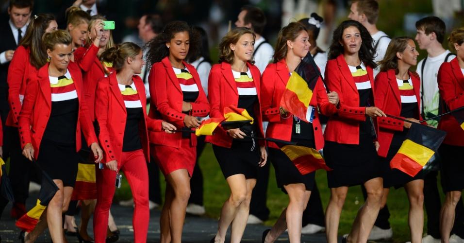 Difícil escolher qual é a mais bela atleta da Bélgica na cerimônia de abertura de Londres