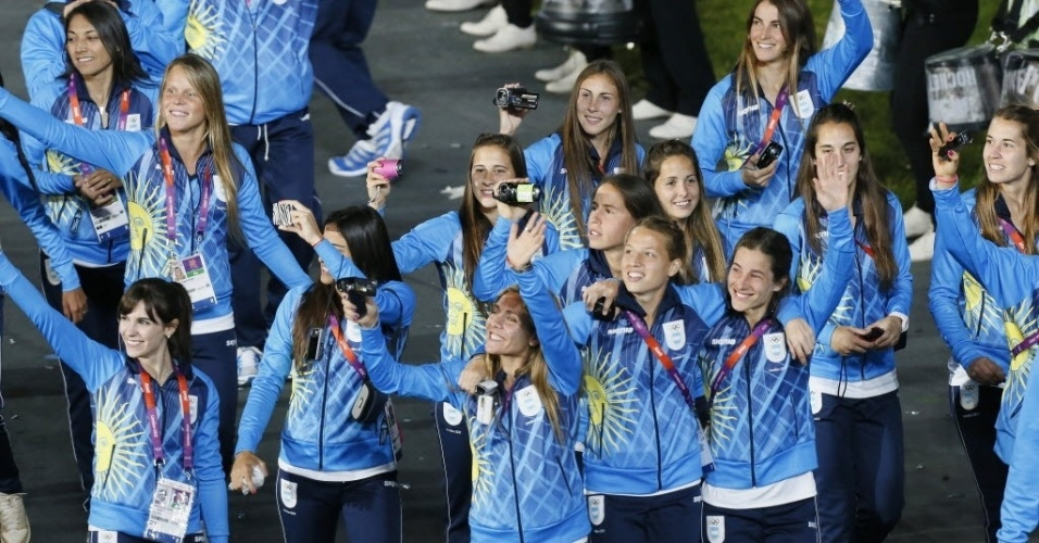Escolha a mais bela entre a festiva delegação da Argentina no desfile de abertura em Londres