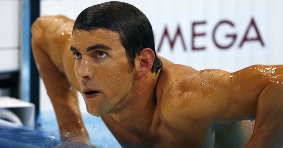 Phelps não esconde decepção ao sair da piscina após ficar fora de pódio em Londres