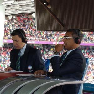Ao lado de Lucas Pereira, Romário comentou a final do futebol nos Jogos de Londres