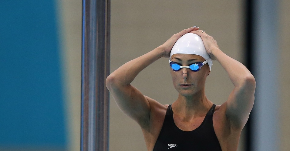 Fabíola Molina não passou da eliminatória nos 100 m costas no centro aquático de Londres