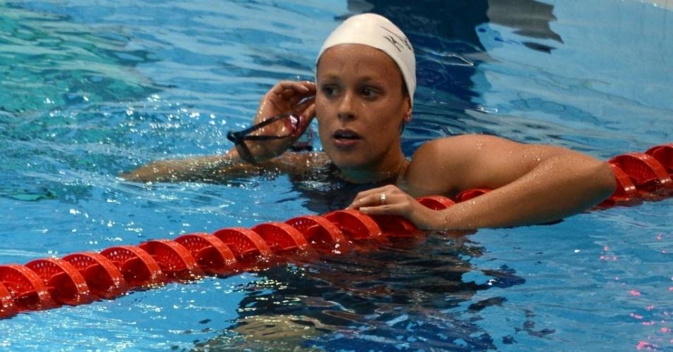 Italiana Federica Pellegrini confere tempos após eliminatórias dos 400 m livre; ela se classificou em sétimo lugar