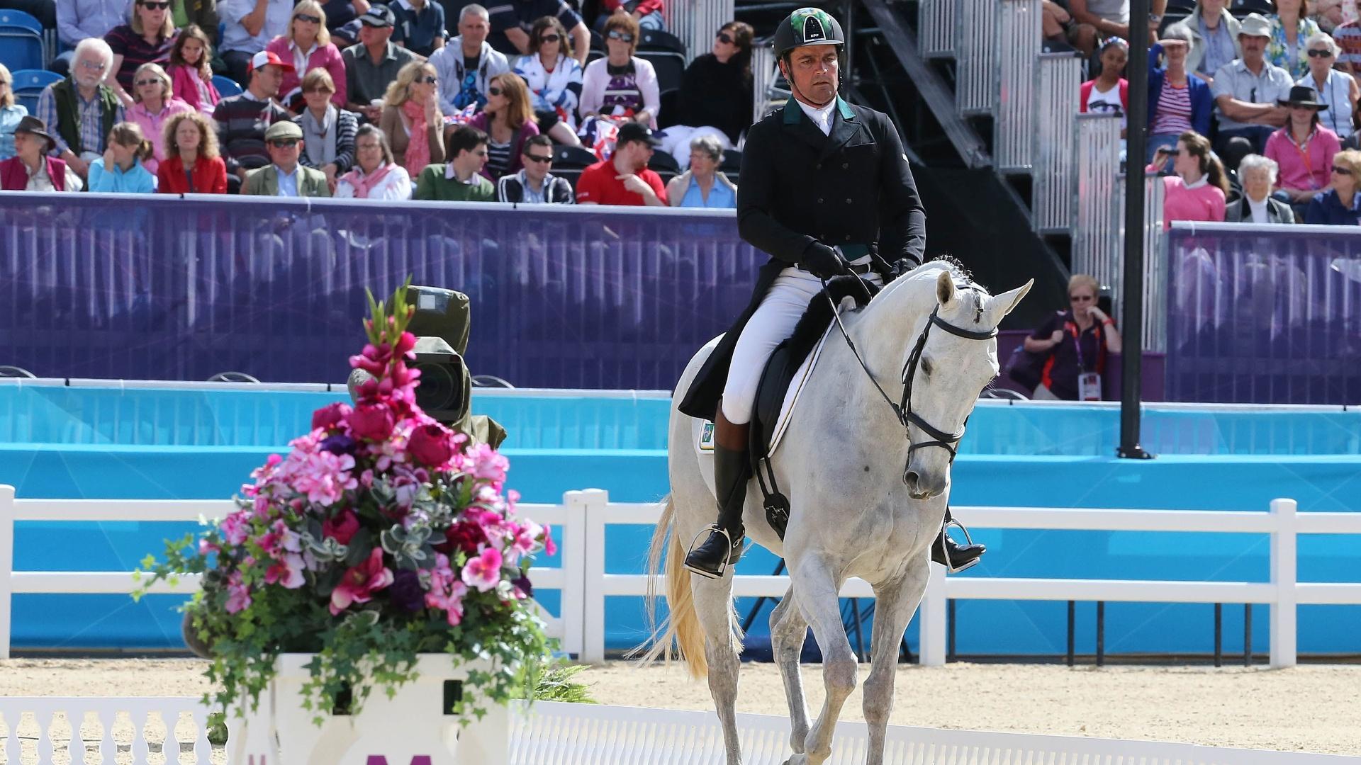 Serguei Fofanoff, cavaleiro brasileiro, disputa prova durante as competições de Hipismo CCE na Olimpíada