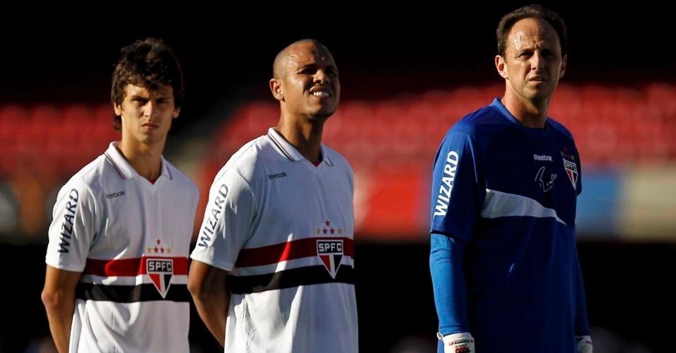Rogério Ceni ficou fora de 42 jogos da temporada em decorrência da lesão no ombro direito
