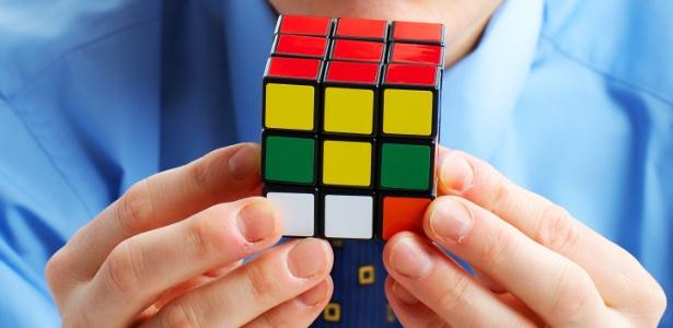 De acordo com o psicólogo Thiago de Almeida, nos comportamos de modo a sofrer o mínimo possível - Thinkstock