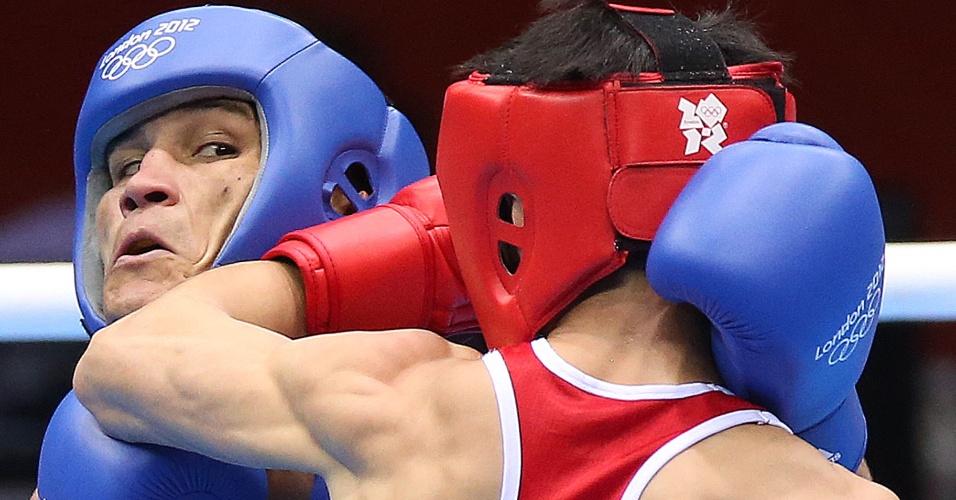 Julião Neto derrotou o norte-coreano Jong Chol Park na primeira rodada da categoria até 52 kg