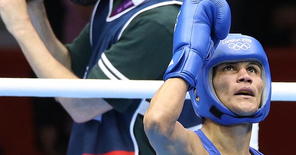 Julião Neto superou diferença de sete centímetros de altura para o norte-coreano Jong Chol Park e venceu combate por 12 a 8