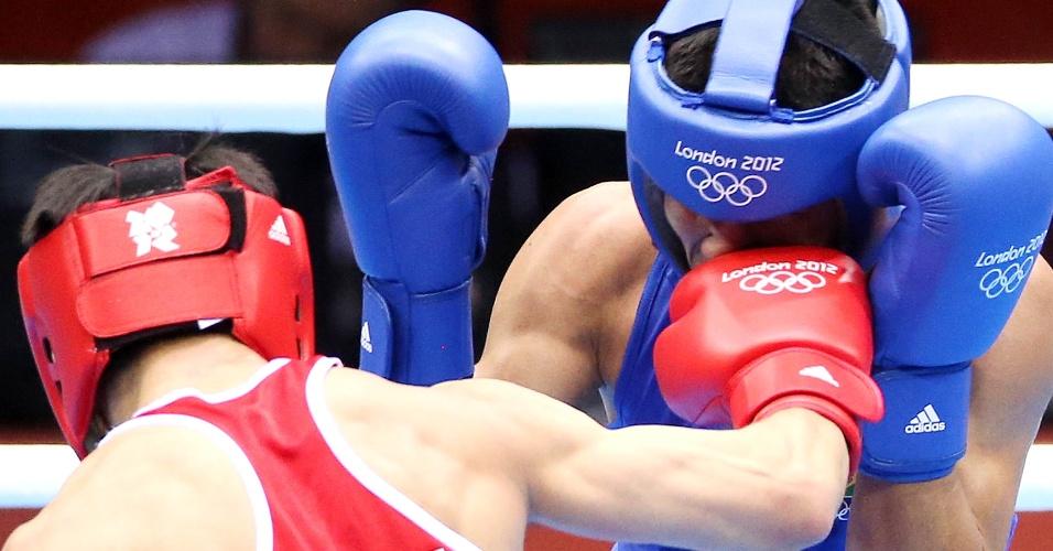 Norte-americano acerta o brasileiro Julião Neto, mas acaba derrotado pelo lutador verde-amarelo na estreia em Londres