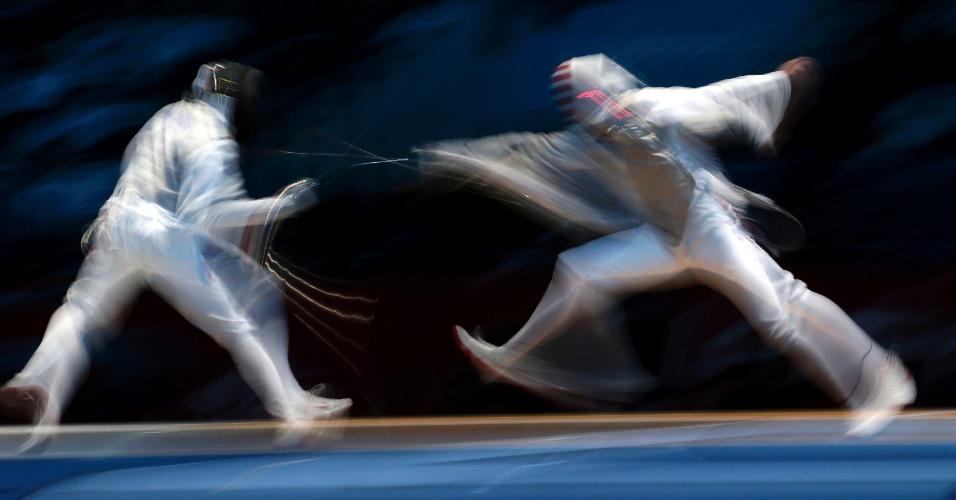 31.jul.2012 - Disputa de esgrima entre EUA e Rússia durante os Jogos Olímpicos de Londres