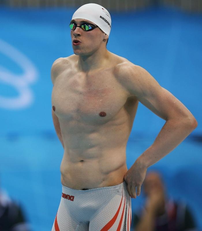 Alemão Paul Biedermann se prepara para disputar a final dos 200 m livre