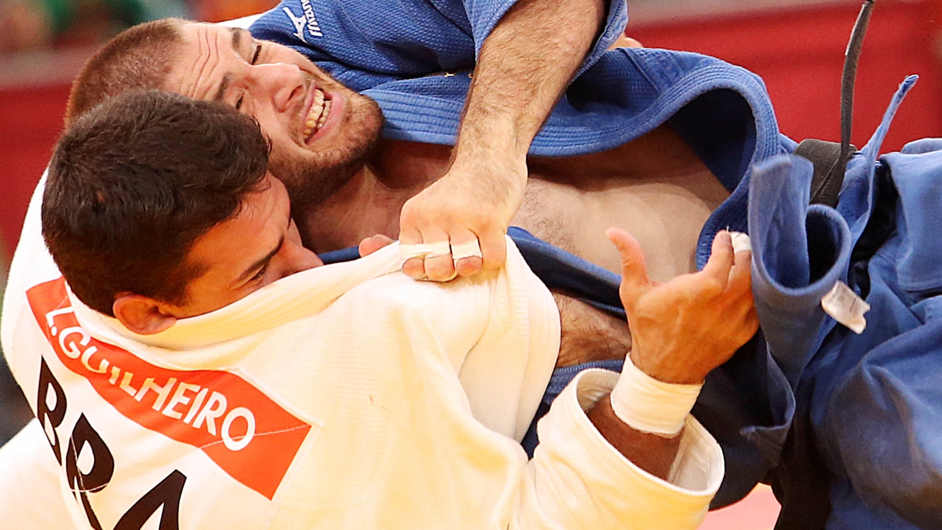 Leandro Guilheiro foi surpreendido com um wazari e caiu para a repescagem na chave da categoria até 81 kg