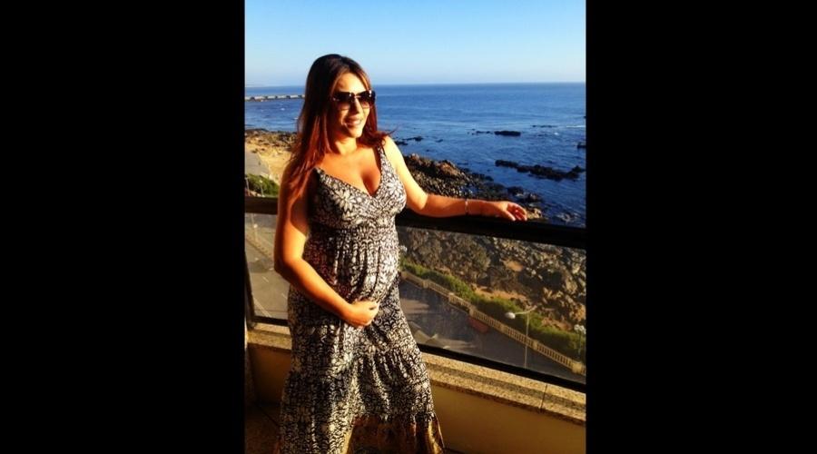 Márcia Goldschmidt divulgou imagem da barriguinha de gravidez (31/7/12)