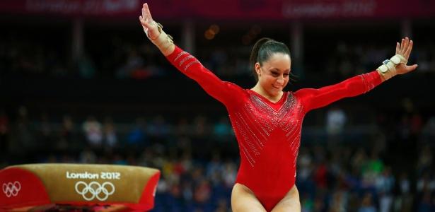 Norte-americana Jordyn Wieber crava sua saída no salto durante final feminina por equipes da ginástica