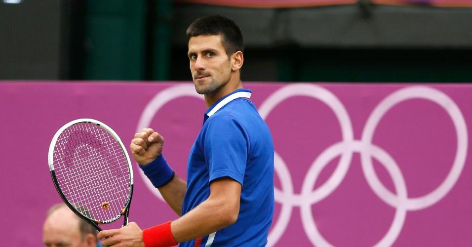 Djokovic não toma conhecimento de Roddick e avança à terceira rodada em apenas 54 minutos