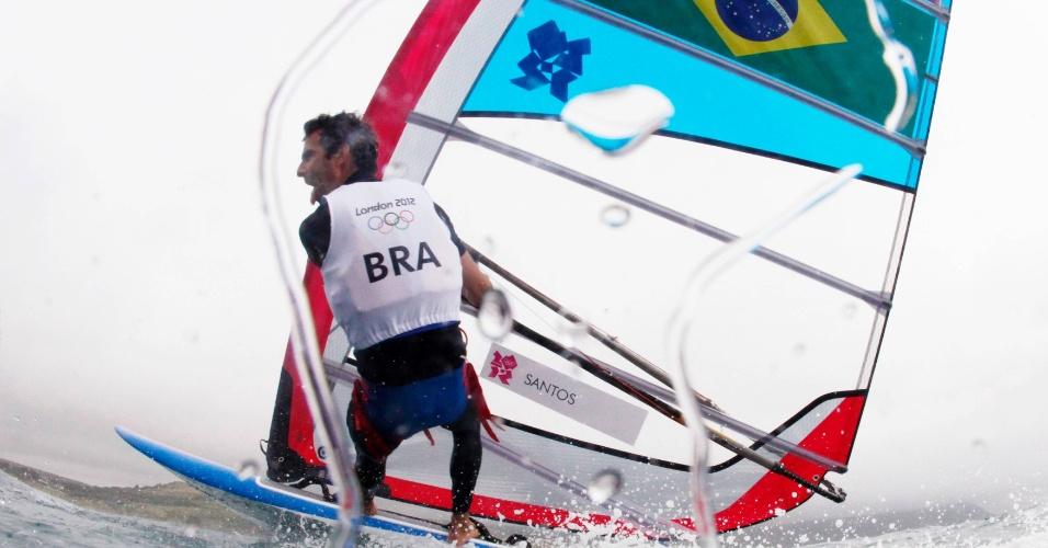 Velejador Bimba participa de etapa do windsurf nos Jogos Olímpicos
