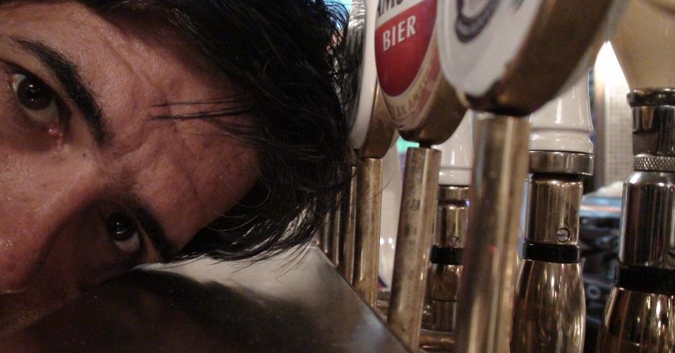 12ª parada: Outra vez um pub chamado All Bar One, e o repórter não está vendo dobrado: é uma rede de bares