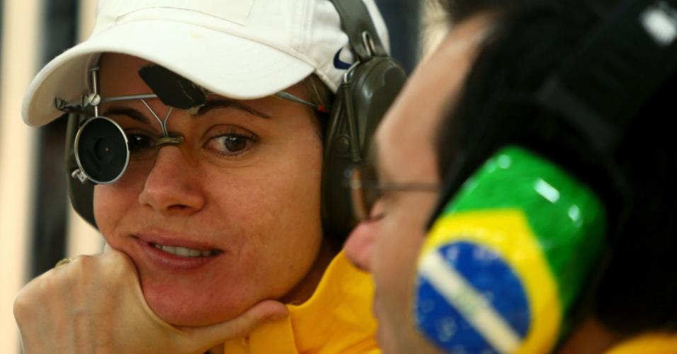 Ana Luiza Ferrão disputou a eliminatória da prova do tiro de 25 m