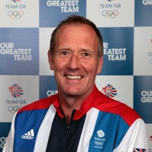Andy Halliday hoje é técnico da seleção de hóquei do Reino Unido; pensamento está só na medalha