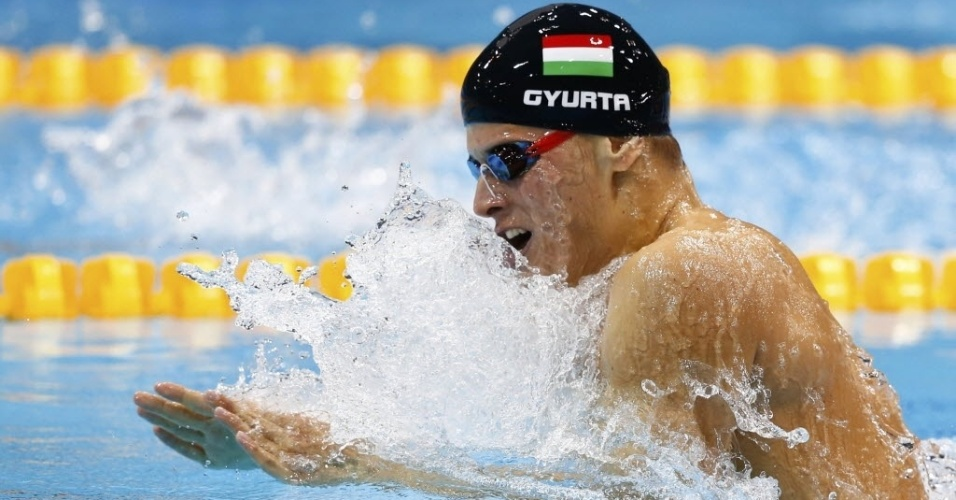 Daniel Gyurta compete durante a final dos 200 m peito em Londres
