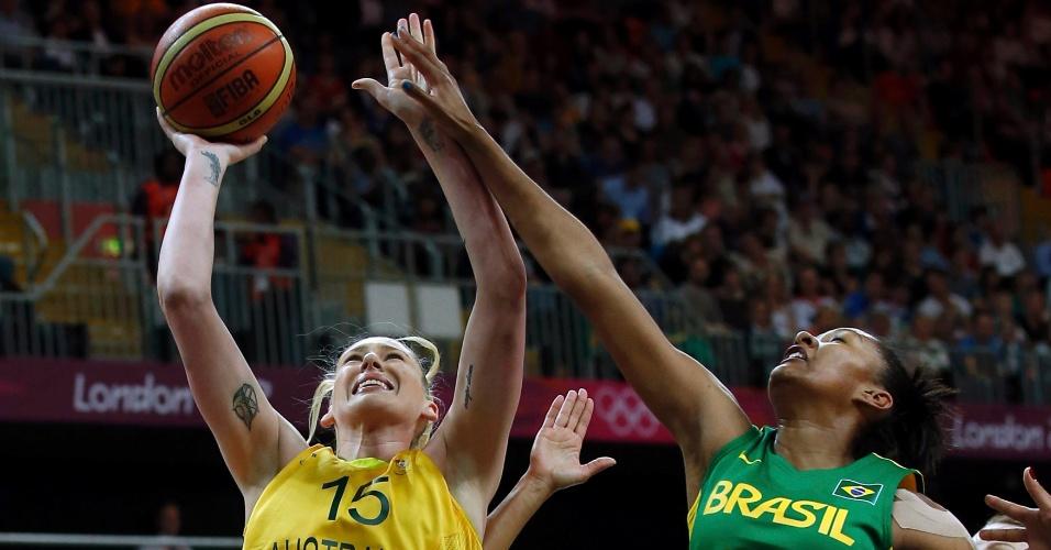 Lauren Jackson, da Austrália, e Damiris, do Brasil