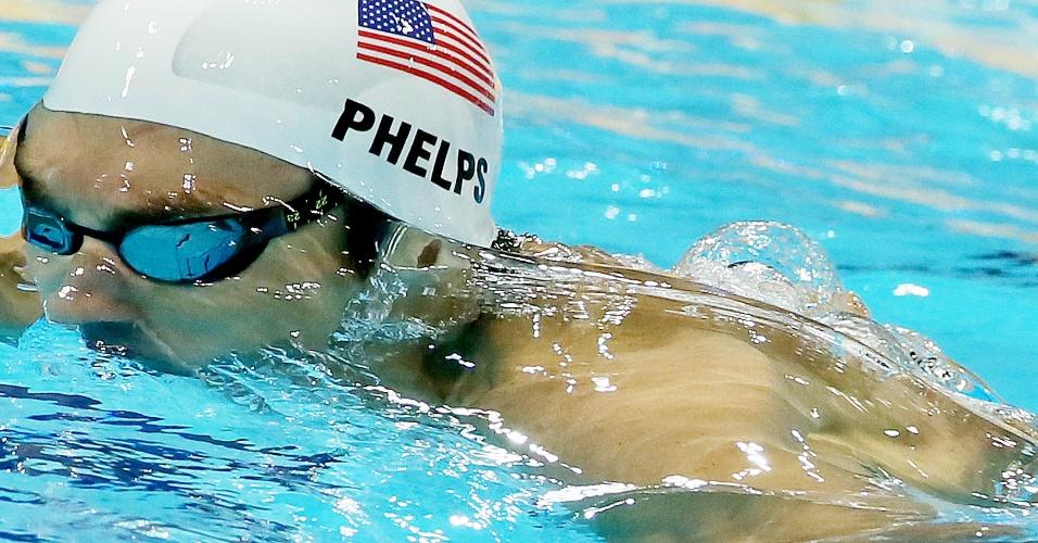 Michael Phelps terminou em segundo lugar na sua bateria dos 200 m medley nesta quarta-feira em Londres